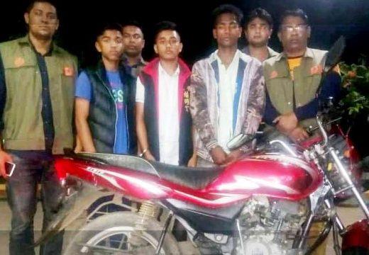 সুনামগঞ্জে কিশোর গ্যাং'র তিন সদস্য আটক