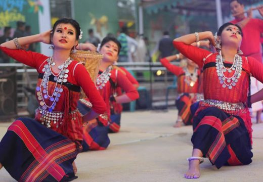 উৎসবে বাউল গান নিয়ে 'রাঙ্গামাটি ও নীলফামারী