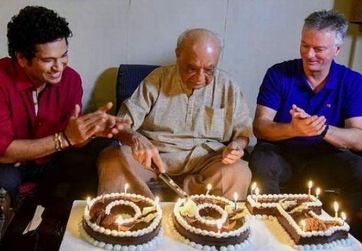 সেঞ্চুরি পূর্ণ করে মারা গেলেন ভারতীয় ক্রিকেটার