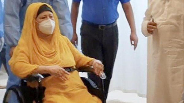 খালেদা জিয়াকে বাসায় রেখে চিকিৎসা দেওয়ার বিষয়ে পরিকল্পনা